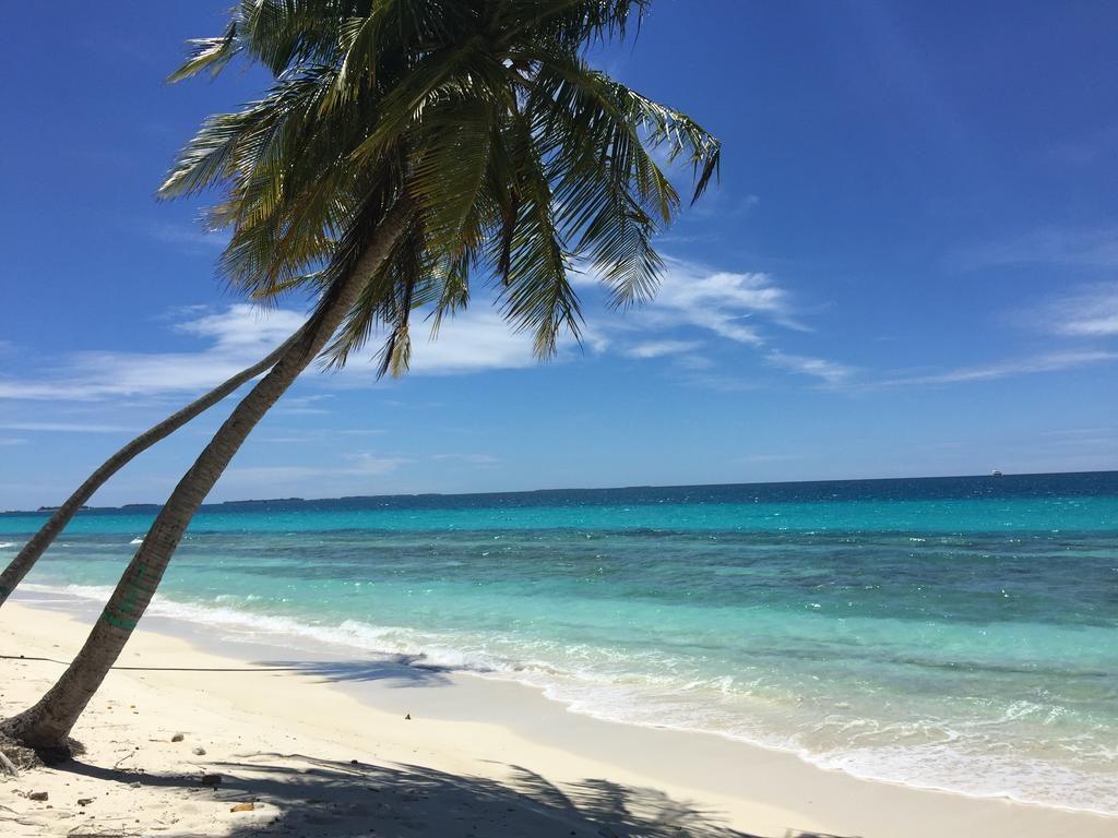 Dhigurah Beach - Best Beaches in Maldives - Coffee Meets Beach
