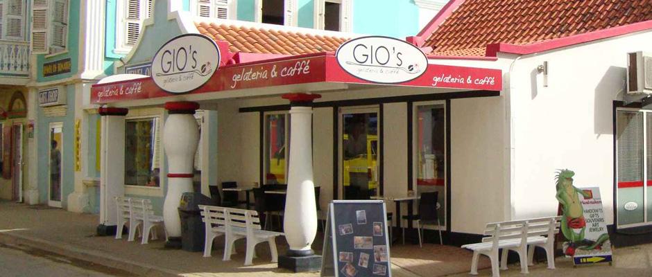 Gio's Bonaire - Best Ice Cream in Caribbean - Coffee Meets Beach